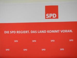 Motivwand Die SPD regiert. Das Land kommt voran